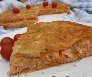 Empanada de salmón y gambas