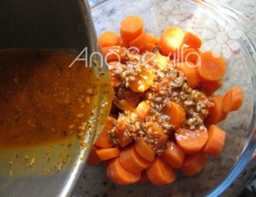 Volcar sobre las zanahorias