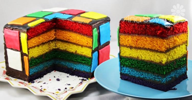 Tarta arco iris de nata y chocolate