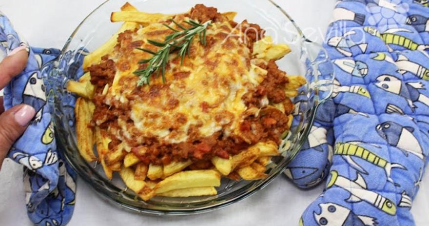 Patatas fritas con carne