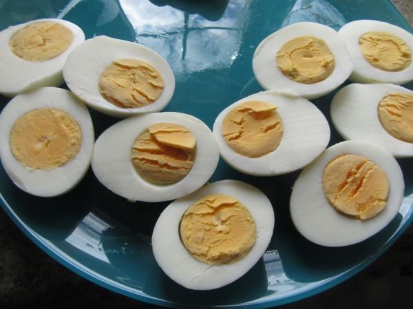 Huevos rellenos de mejillones Thermomix