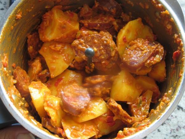 Guiso de patatas con chorizo Thermomix