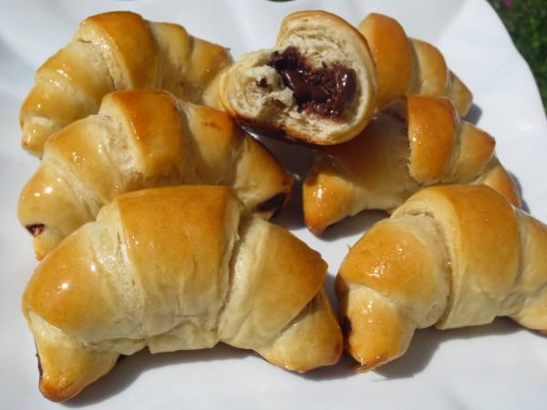 Cuernos o croisants rellenos de chocolate Ana Sevilla con Thermomix