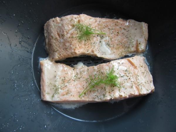 Salmón en salsa de eneldo con Thermomix