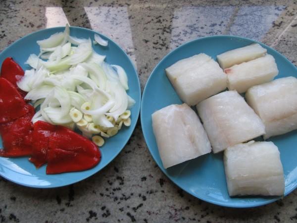 Bacalao en salsa de piquillos