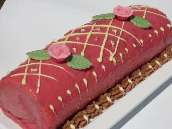 Tronco de trufa y chocolate blanco Ana Sevilla