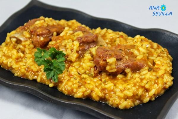 Arroz meloso con costillas cocina tradicional Ana Sevilla