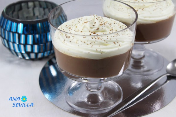 Copas de chocolate y nata Ana Sevilla con Thermomix