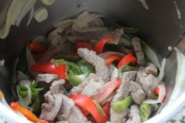 Tacos de ternera a la jardinera con Thermomix.