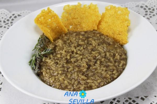 Risotto de ajo negro y gran padano cocina tradicional Ana Sevilla