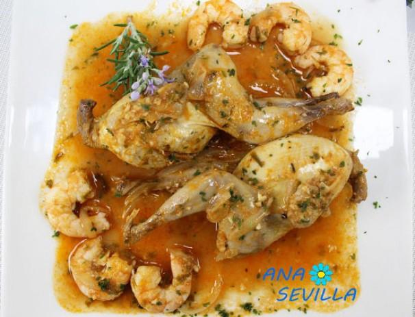 Codornices en salsa con langostinos
