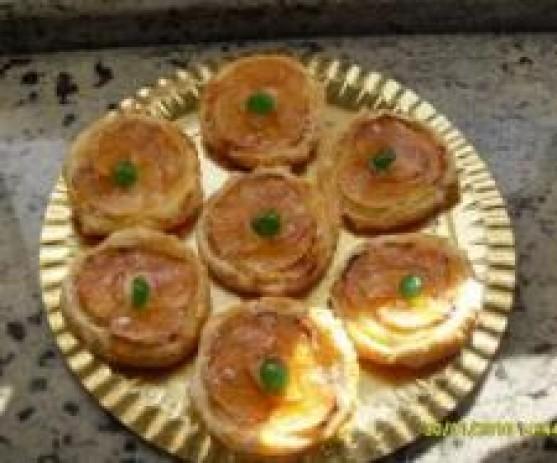 Tartaletas de manzana y crema pastelera