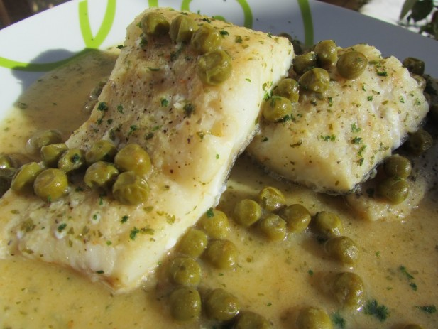 Bacalao en salsa verde de gambas