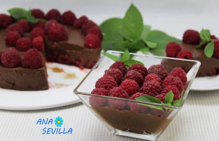 Vasitos de chocolate y frambuesa