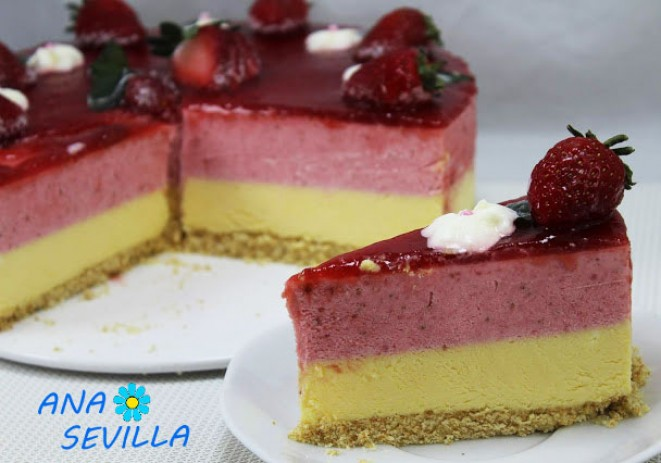 Tarta de fresa y chocolate blanco