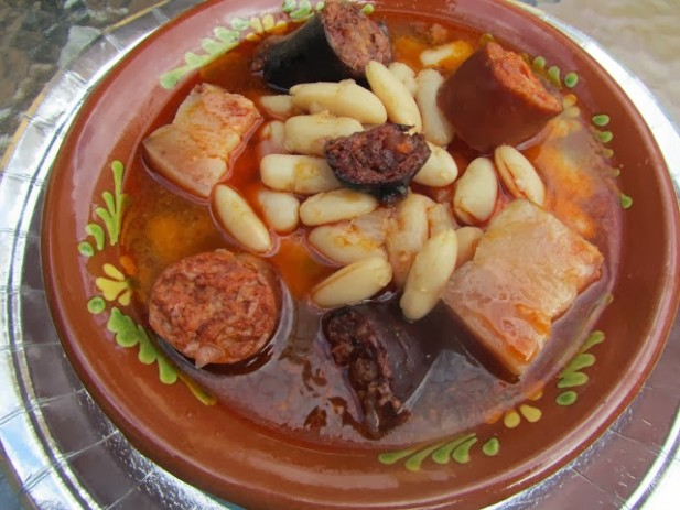 Fabada asturiana y empanadas de fabada