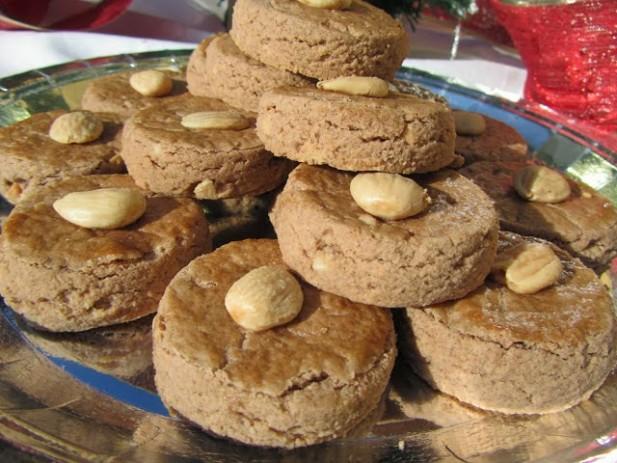 Mantecados de almendra y chocolate fáciles