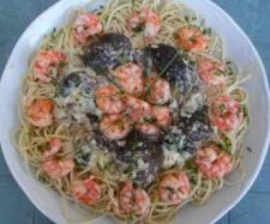 Espaguetis con langostinos y setas Thermomix