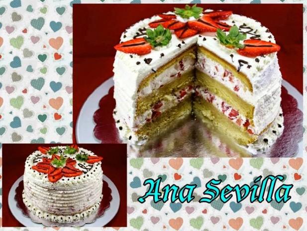 Tarta de nata, fresas y bizcocho