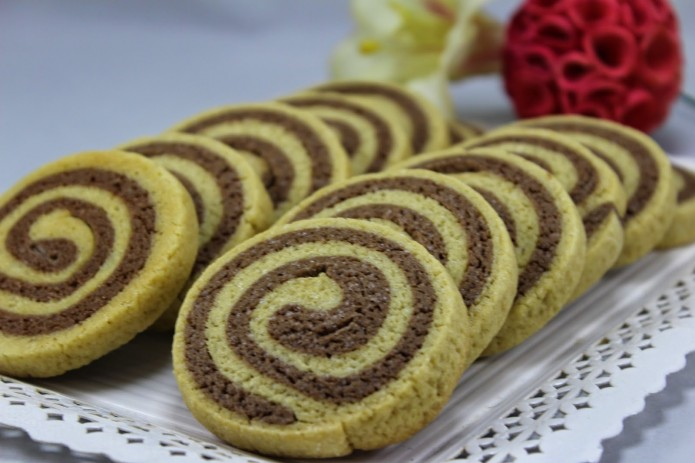Galletas espirales de vainilla y chocolate